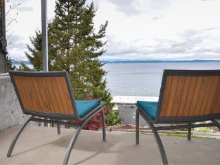 Alki Beach Modern Beach studio with 180 water view, free parking & wifi - Seattle vacation rentals