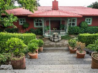 Casa del Lago, cozy farm house - Braulio Carrillo National Park vacation rentals