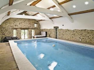 Cottage with pool Brancepeth Cottage - Durham vacation rentals
