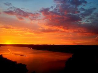 Gorgeous Townhouse on Lake Travis - Round Rock vacation rentals