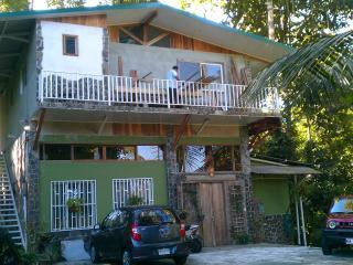Cosy Top Trees Jungle Apartment Quepos/Manuel Antonio - Quepos vacation rentals