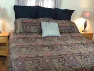 Peach Room Located at Full Moon Inn B&B - Luckenbach vacation rentals