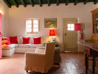 2 BEDROOM COTTAGE WITH PATIO IN A REBUILT TRADITIONAL VILLAGE , IN VILA DO BISPO, SAGRES - REF. ADP136704 - Budens vacation rentals