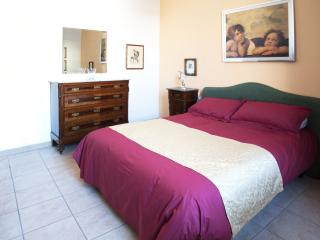 Eva Luna Florence Apartment in Tuscany - Florence vacation rentals