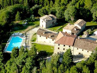 Le Valcelle Country House - Montone vacation rentals