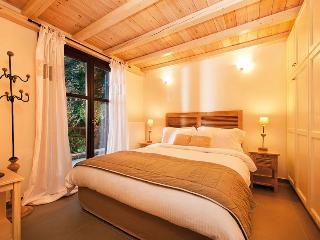 Vergopoulos Oliveyard cottages - Papa Nero vacation rentals