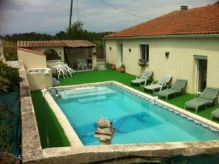 Bright 3BR Mas w Pool 800m to Lake & 5 Km to City! - Aude vacation rentals