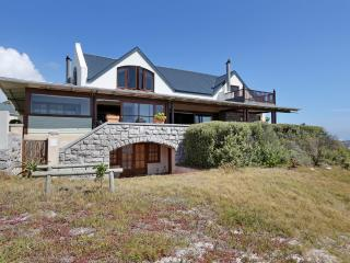 Perfect Villa with Deck and Internet Access - Kommetjie vacation rentals