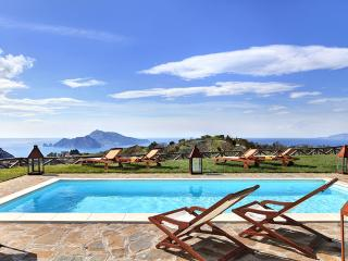 Casa del Capitano, breathtaking and peaceful villa - Massa Lubrense vacation rentals