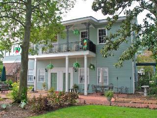Elegance in the Garden - Savannah vacation rentals