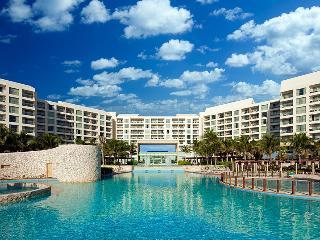 Westin Lagunamar Ocean Resort:2 BR, Ocean Front - Cancun vacation rentals