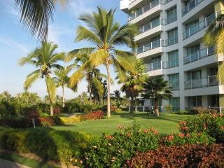 AMAZING 2 BED-2 BATH CONDO NUEVO VALLARTA - Nuevo Vallarta vacation rentals