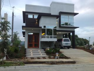 Cozy 3 bedroom House in Patnongon - Patnongon vacation rentals
