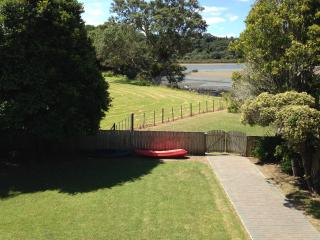 Perfect Auckland Condo rental with Deck - Auckland vacation rentals