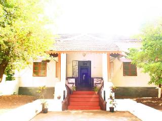 Villa de Aluizio..Beautiful Portuguese Suites - Goa vacation rentals