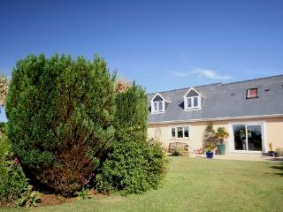 Warm & welcoming three bedroom dormer bungalow - Saint Davids vacation rentals