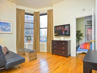 *ALACANTA* TownHouse 1 Bedroom & PrivateTerrace - New York City vacation rentals