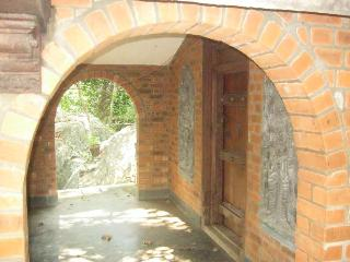 2 bedroom B&B with Internet Access in Bhedaghat - Bhedaghat vacation rentals