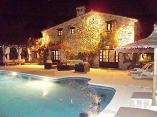 4 bedroom House with Private Outdoor Pool in Denia - Denia vacation rentals
