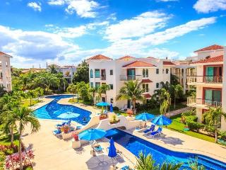 3 Bedroom home with beautiful Pool Views and Rooftop Terrace - Playa del Carmen vacation rentals