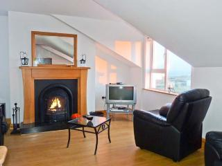 AN NEAD HOUSE, detached, open fires, views of Atlantic Ocean, off road parking, in Kilcar, Ref 20729 - Kilcar vacation rentals