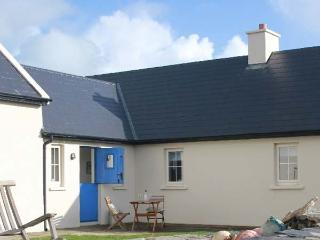COOSANIMA, semi-detached, all ground floor, open fire, off road parking, patio, in Allihies, Ref 25817 - County Cork vacation rentals