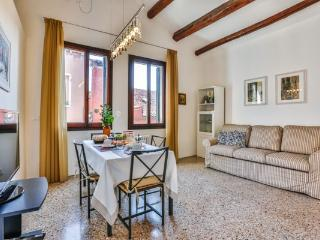 Bright 1 bedroom Condo in Venice - Venice vacation rentals