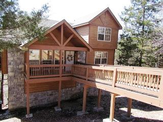 Whispering Woods Lodge-2 bedroom, 2 bath lodge located at Stonebridge Resort - Galena vacation rentals