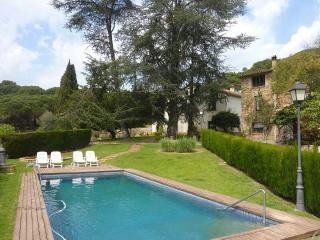 Vallromanes Vistas villa with 5 bedrooms for 12 guests, 15 minutes from the beach - Vilanova del Valles vacation rentals