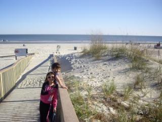Gated community condo  200/300 steps to beach - Hilton Head vacation rentals