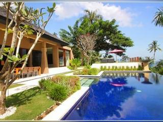 3 or 4 Bedroom Villas - 5 Minute to Senggigi area - Mangsit vacation rentals