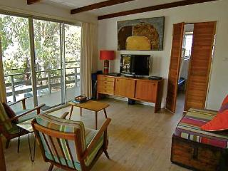 Hattie's Beach House, Broulee NSW - Broulee vacation rentals