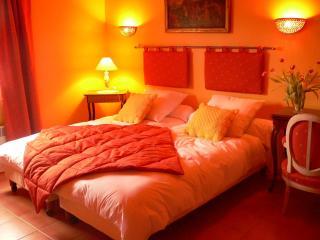 Chambres d'hôtes - Lugaignac vacation rentals