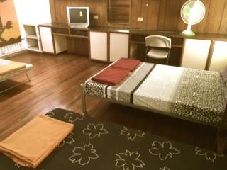Jacinto Room - 1896 Bed and Breakfast BAGUIO CITY – Jacinto Room - Baguio - rentals