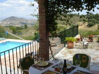 Rustic Cottage, Air Con, Wifi, Private pool, Views - Coin vacation rentals