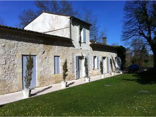 St. Emilion Riverside Retreat - Flaujagues vacation rentals