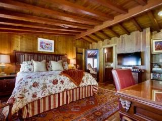 Bordeaux Suite - La Mesa vacation rentals