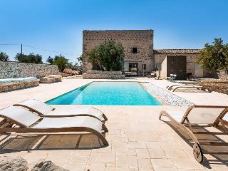 Villa Ragusa Villa rental in Sicily, vacation rental Sicily, holiday let in Sicily, private villa with pool in Sicily - Sicily vacation rentals