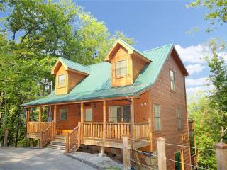 Bearfoot Lodge - Gatlinburg vacation rentals