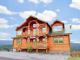 8 bedroom Cabin with Deck in Pigeon Forge - Pigeon Forge vacation rentals