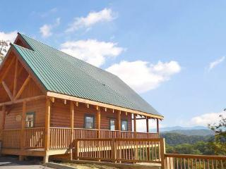Charming Cabin with Deck and Internet Access - Pigeon Forge vacation rentals