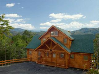 Wooly Bear - Pigeon Forge vacation rentals