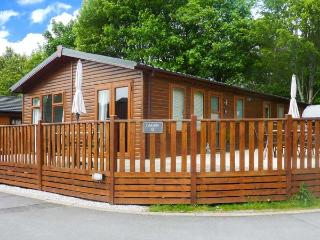 LEASIDE LODGE, detached, single storey, WiFi, furniture on decking, Ref 913263 - Troutbeck Bridge vacation rentals