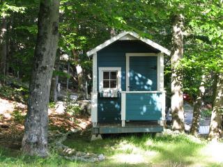 Waterfront Beach House on Sunset Lake Alton Bay NH - Alton Bay vacation rentals