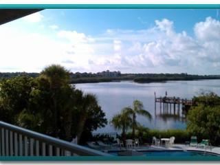 La Buena Vida II at Captains Cove...outstanding!!! - Indian Shores vacation rentals