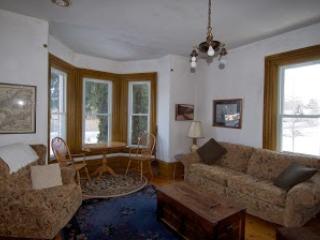 Living room - Luxury Home in Village of Westport - Westport - rentals