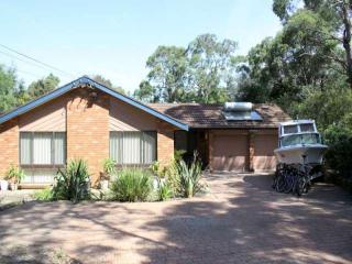 Blue Mountains - Up to 13 people - Great Value - Hawkesbury Valley vacation rentals