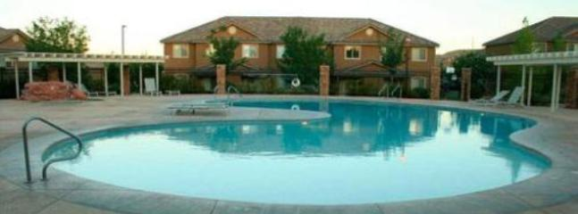 Pool - Convenient Cozy Condo in St. George, UT - Saint George - rentals