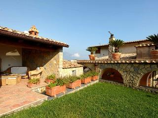 Charming 5 bedroom House in Ravello with Private Outdoor Pool - Ravello vacation rentals
