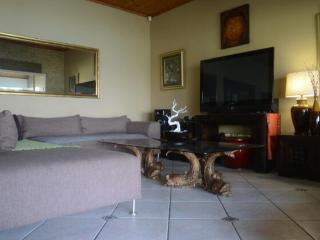 Gorgeous 5 bedroom Kosmos House with Garden - Kosmos vacation rentals